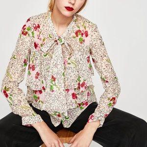 🖤SALE🖤 Zara - ruffled floral blouse w/ tie